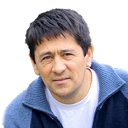 Kabul Adilov portret artysty malarz